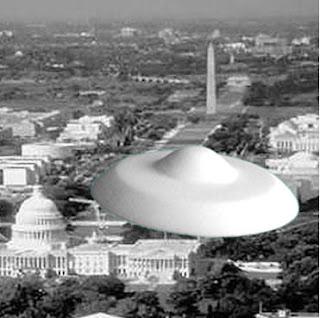 http://3.bp.blogspot.com/-PspDPhDLptU/UTaJCxhffDI/AAAAAAAAAKA/mG7Z8jYxWhQ/s320/The+Day+the+Earth+Stood+Still+-+1951.jpg