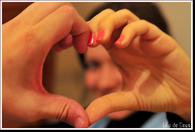 Diário fotográfico - Coração com mãos