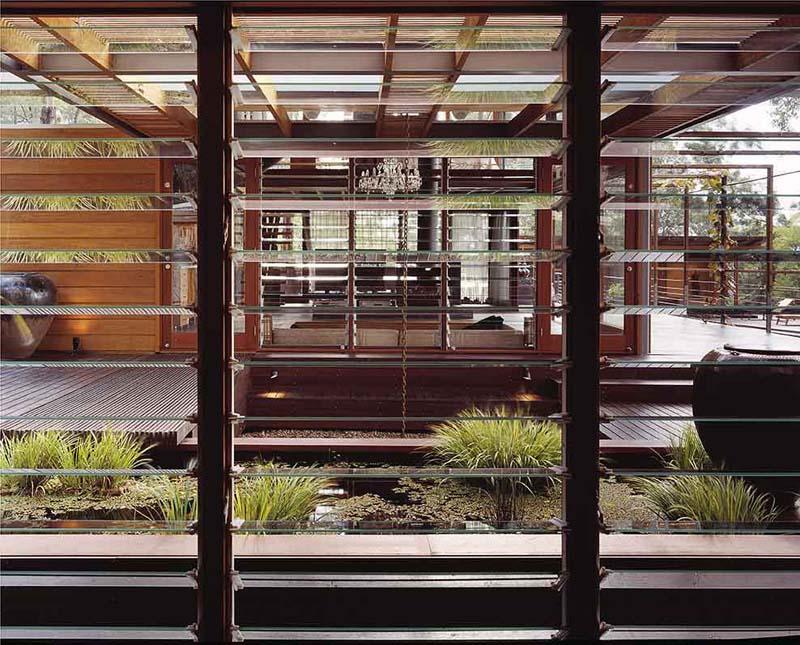 louvre windows kaca nako eyecatching eyecandy. Black Bedroom Furniture Sets. Home Design Ideas