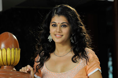 tapsee looking in mogudu photo gallery