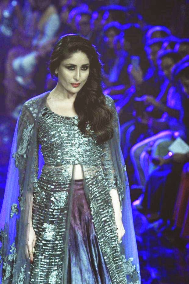 Kareena Kapoor At Lakme Fashion Week Winter/Festive 2014
