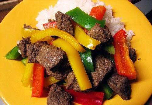 Stir-fried Tender Beef with Capsicum (Bò Xào Ớt Xanh)