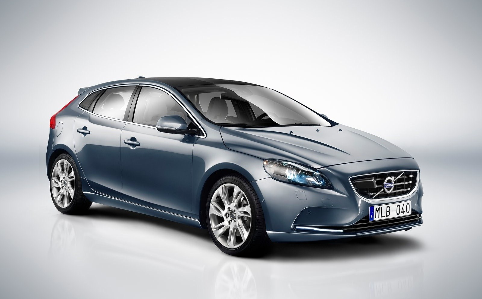 volvo v40 polestar car prices prices specification photos review. Black Bedroom Furniture Sets. Home Design Ideas