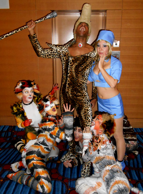 Dragon*Con 2013, Fifth Element with Cats