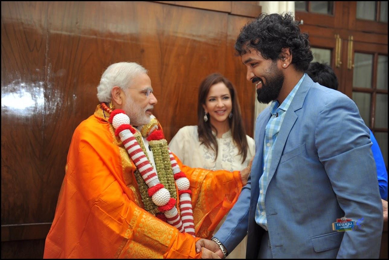 Manchu Vishnu with Modi