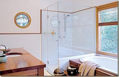 Ba os modernos ba o con ducha y tina for Banos con tina y ducha
