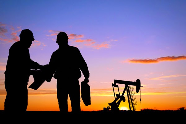 Oil Rig Jobs With No Experience: The Job Of The Petroleum Engineer