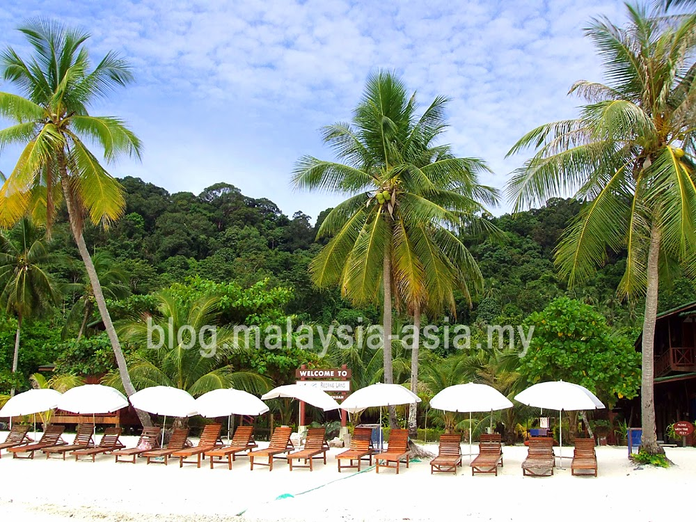Pulau Lang Tengah Beach