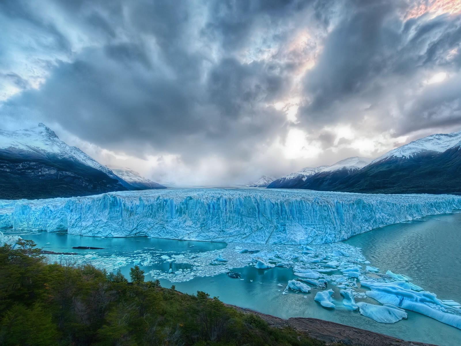 Frozen Lake    Top Wallpapers Download .blogspot.com