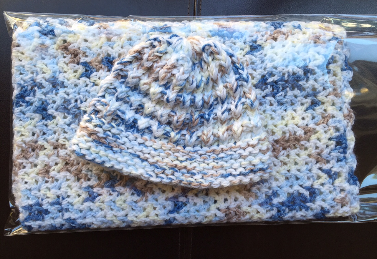 Knitting With Looms: Baby Hat and Blanket