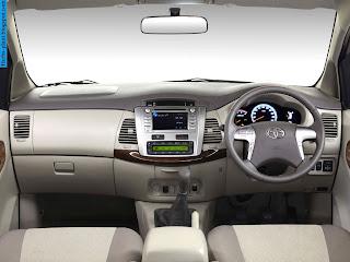 Toyota fortuner car 2012 dashboard - صور تابلوه سيارة تويوتا فورتشنر 2012