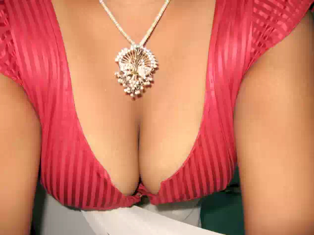 we love aunty boobs   nudesibhabhi.com