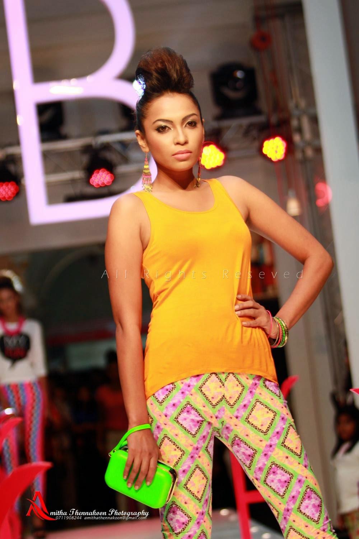 sl fashion show
