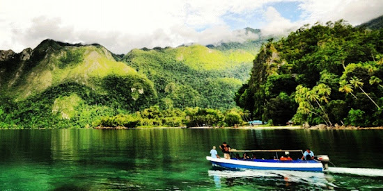 Manusela National Park, Seram Island, Maluku Province. AeroTourismZone