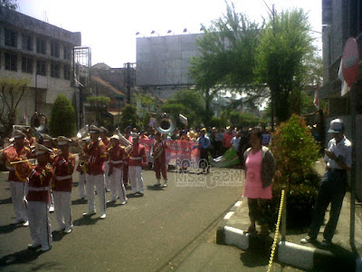 Paway memperingati hari kemerdekaan Indonesia disepanjang jalan HZ Mustofa Tasikmalaya   Kisatasik