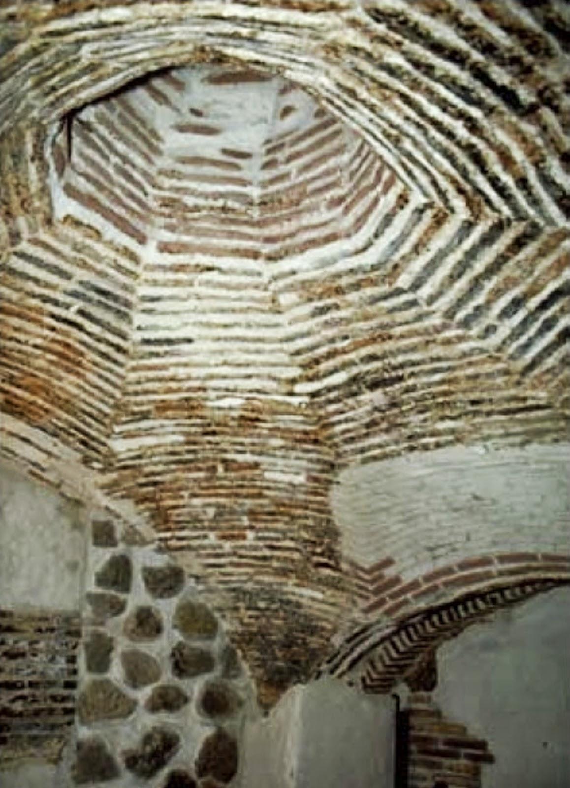 Antiguos Baños Judíos:Buscando Montsalvatge: TOLEDO Baños judíos