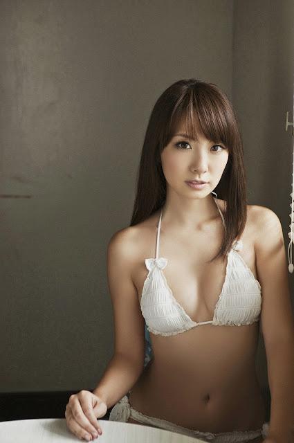Azusa Yamamoto In White Yarn Bra Ilektrosok
