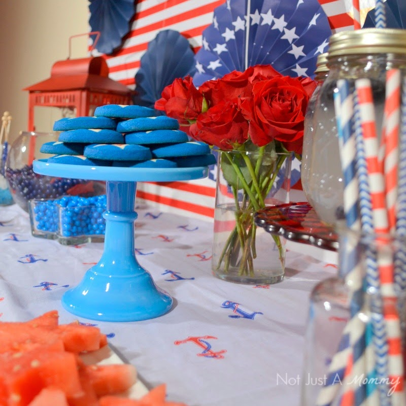 How to create a nautical patriotic table cake stand