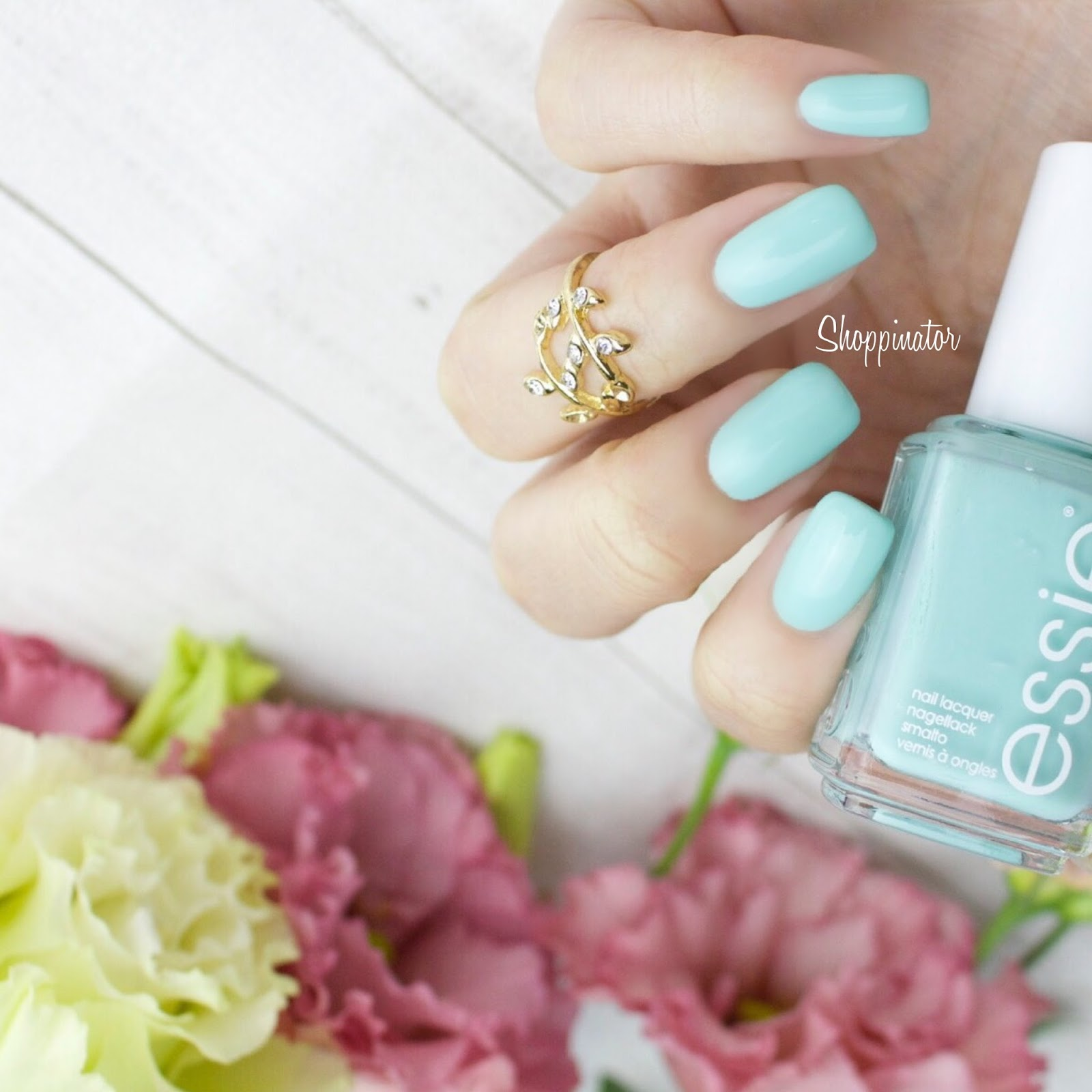 essie-spring-le-frühling-swatches-swatch-review-flowerista-lila-flowers-nagellack-nailpolish-limitiert-notd-nailoftheday-shoppinator-perennial-chic-blossom-dandy-garden-variety-petal-pedal-pushers-picked-perfect