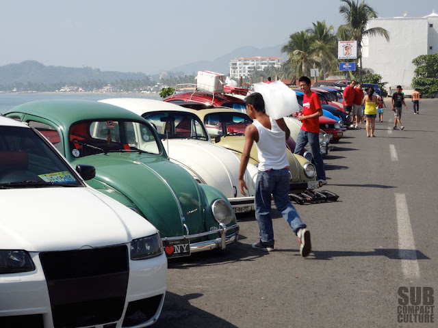 Some of the cars from Revenbug 2013 in Manzanillo