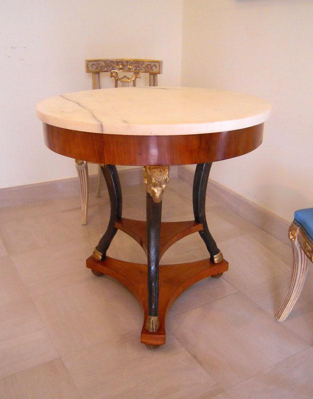 Antiquariato mobili e oggetti antichi maggio 2012 - L ottocento mobili ...