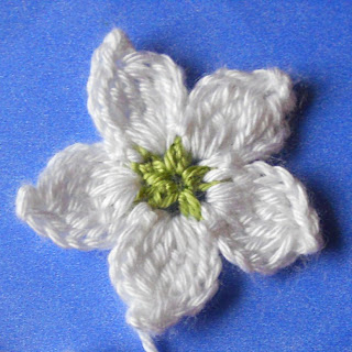 crochet flower blackberry