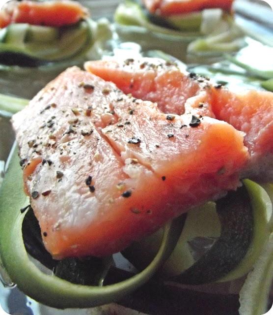 Zapiekana ryba z cukinią, porem i śmietanowym sosem