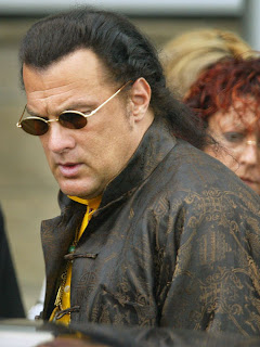 Steven Seagal and Kelly LeBrock were married for 7 years and 200 pounds
