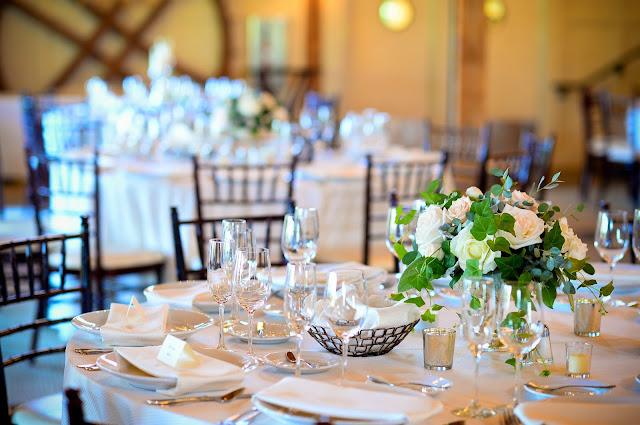 les fleurs : summer wedding : barn at gibbet hill : mercury : garden arrangements