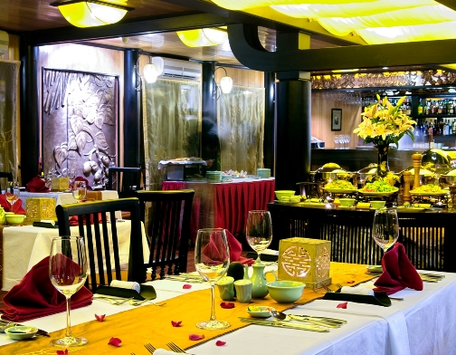 Dining Table - Indochina Sails