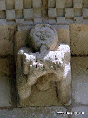 Abadia Arthous, Canecillo Embriaguez