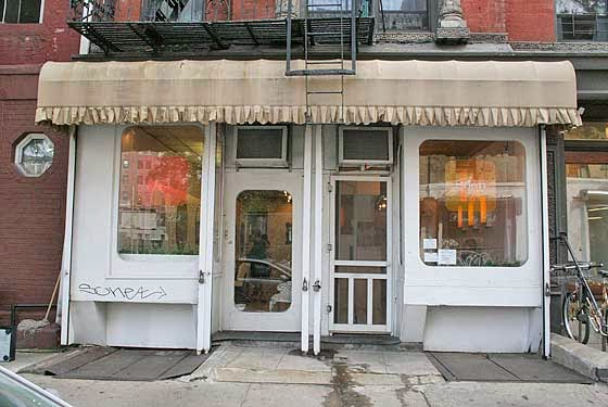 Ev grieve soon beauty lab closing its east village location for 2nd avenue salon