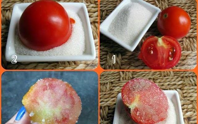 مقشر الطماطم والسكر لقضاء على الخلايا الميتة والرؤوس السوداء كما أنه يعمل على تخفيف الدهون بالوجه