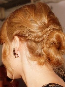 peinados recogidos con trenzas en rodete