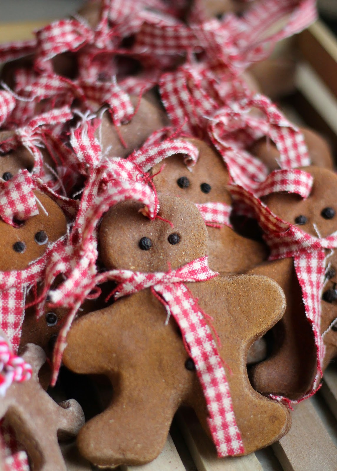 How to Make Cinnamon Salt Dough Ornaments
