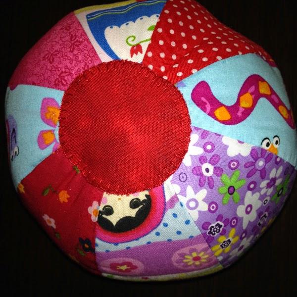 pelota de tela para bebé
