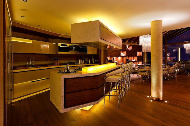 Picture of modern mountain home kitchen