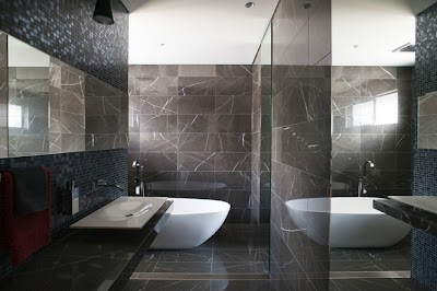 A Lesson In Luxe Stunning Main Bathroom Design