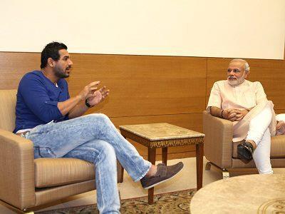 John Abraham meets Narendra Modi in Gandhinagar!