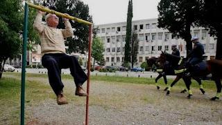 Funny picture Sporty grandpa