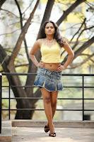 Anusha Anu Hot Navel Show
