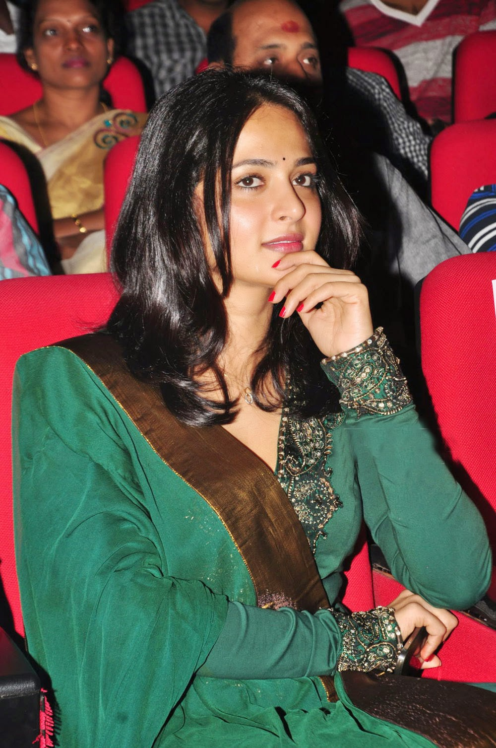 Anushka Shetty Cute