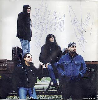 autografos del grupo de rock transfer
