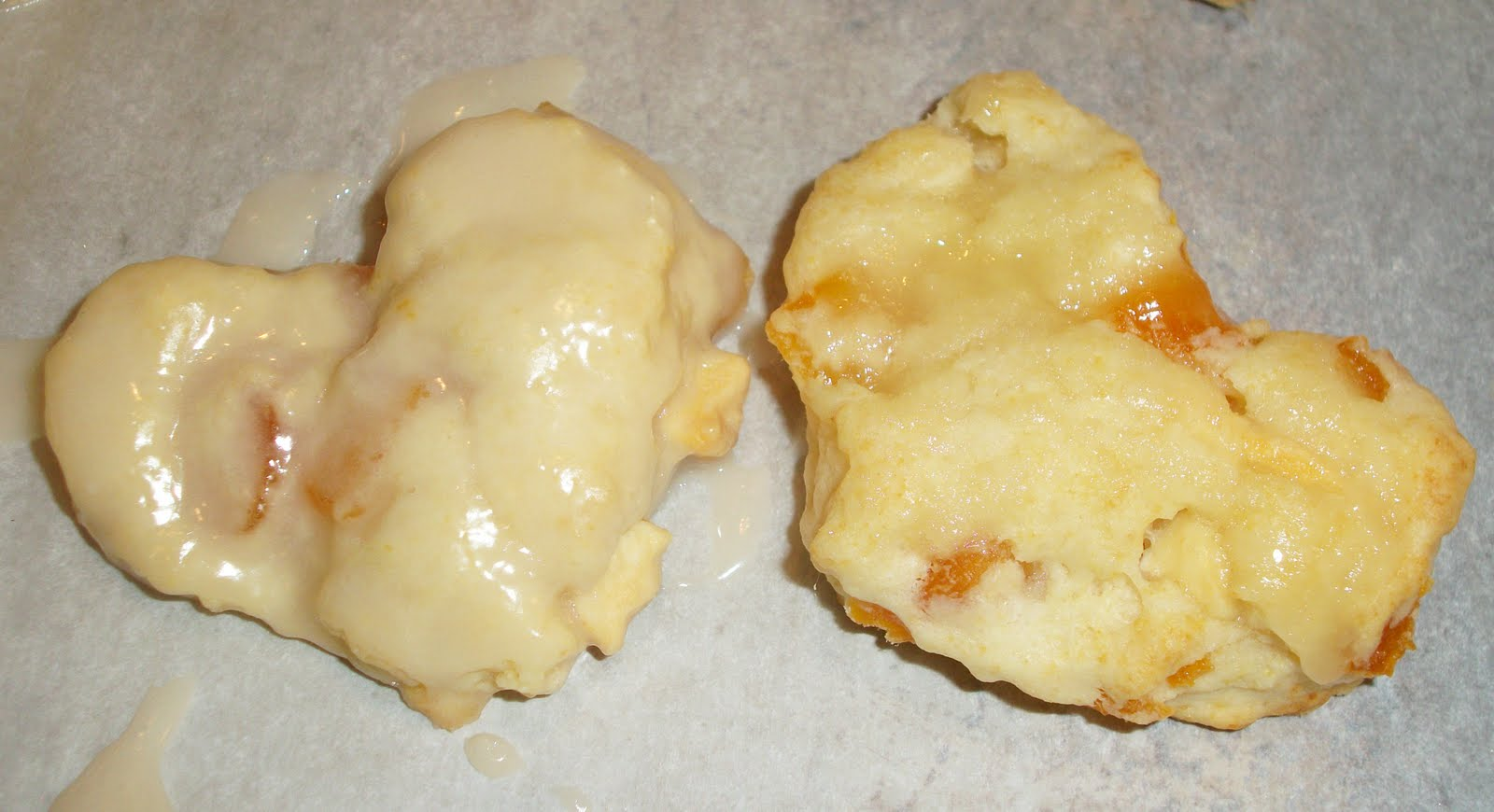 ... tiny toes: Joyeux Kitchen: Heavenly White Chocolate Apricot Scones