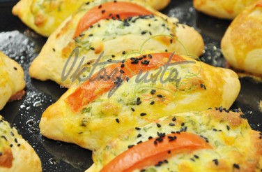 Peynirli Sandviç Poğaça Tarifi
