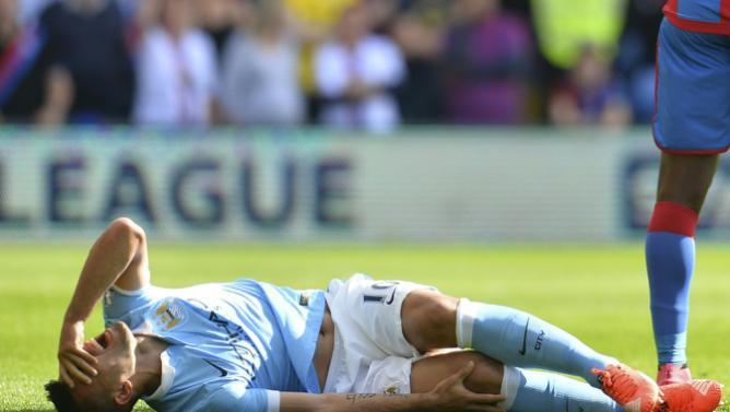 Maior astro do Manchester City, o atacante argentino Sergio Agüero não poderá defender o clube