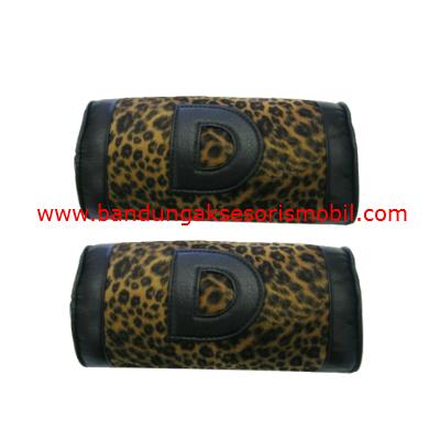 Bantal Kepala Bulu Macan Coklat (2 pcs)