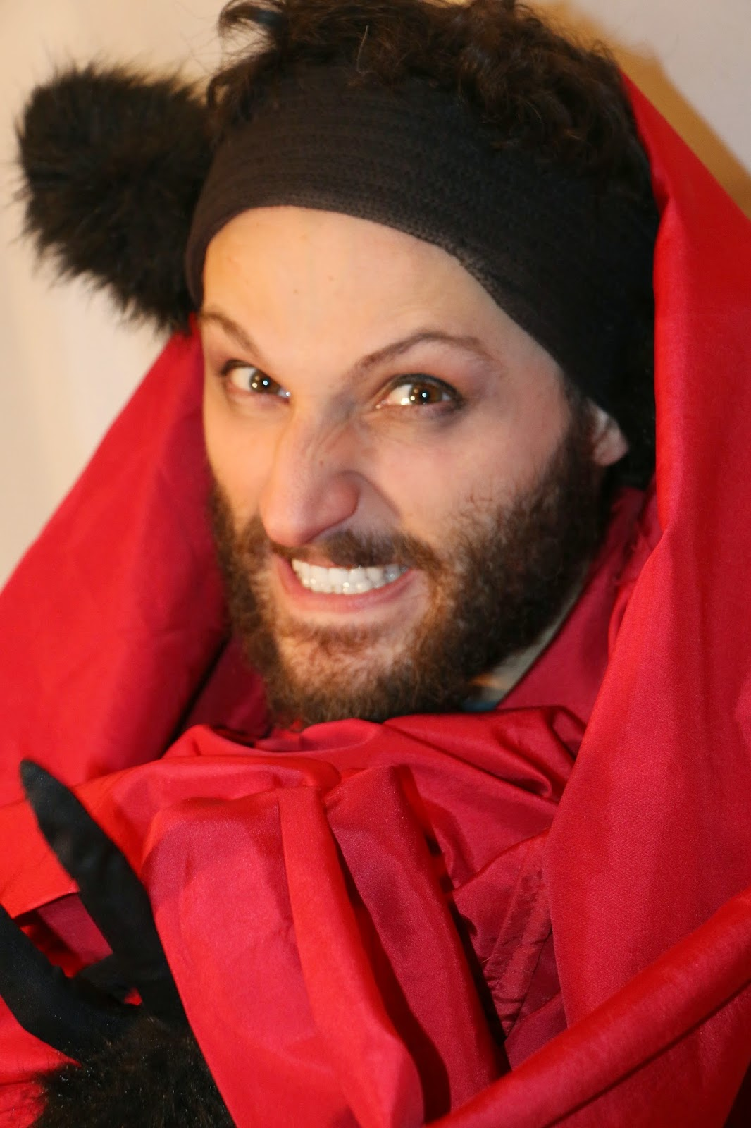 THE CHARMING BIG BAD WOLF-1K-RED RIDING HOOD 2015--GLEAMS THEATER--IRA SOKOLOVA- PHOTO: SHAHRZAD GHAFFARI WESTMOUNT, QUEBEC, CANADA