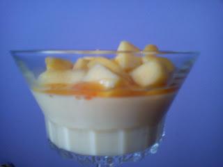 Gelatina de vainilla con mango y naranja amarga