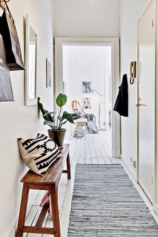 Hogar diez c mo decorar pasillos estrechos for Espejos estrechos